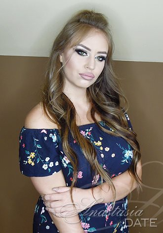 Gorgeous girls only: Stefania from Nis, girl, exciting companionship, Russian seeking